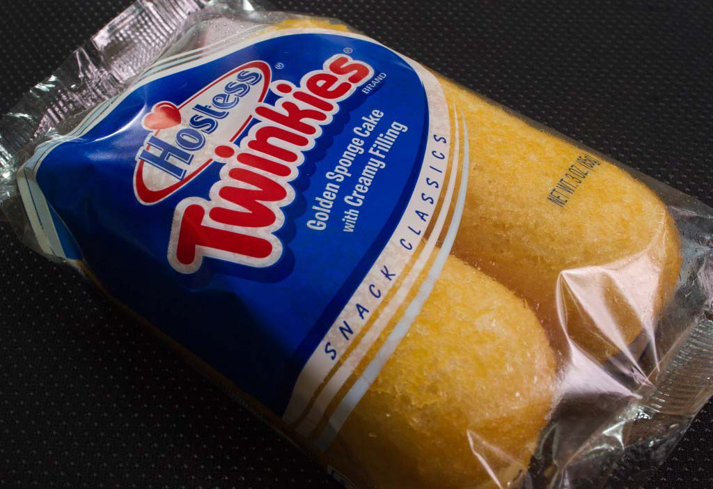 A photo of a twin pack of Hostess Twinki