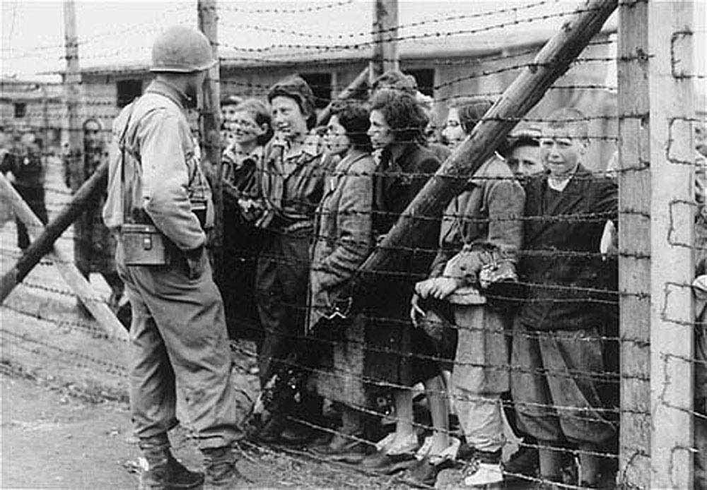 an introduction to the events of the holocaust during the world war two