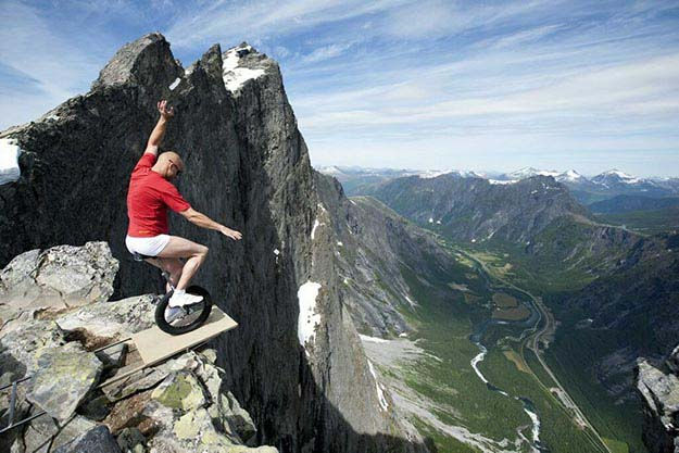 A defying act by Eskil Rønningsbakken in Norway
