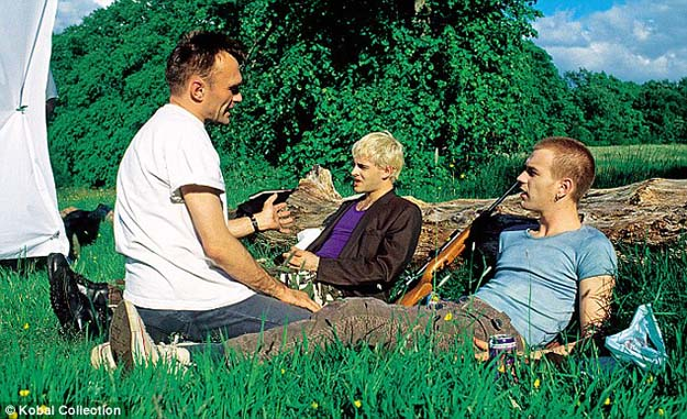 TRAINSPOTTING (1994)