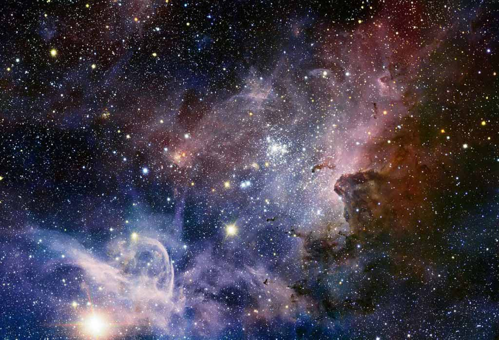 An astounding infrared image of the Carina Nebula