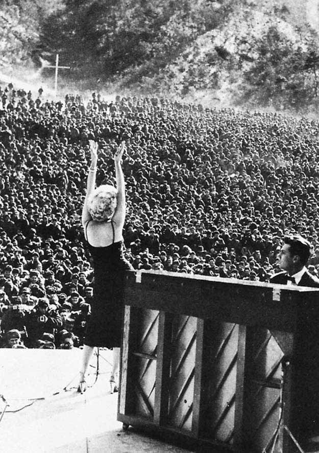 Marilyn Monroe performing for troops stationed in Korea, February 1954
