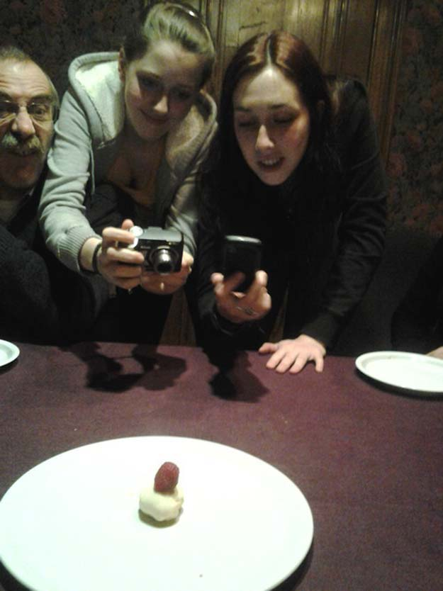 Pictures Of People Taking Pictures Of Food