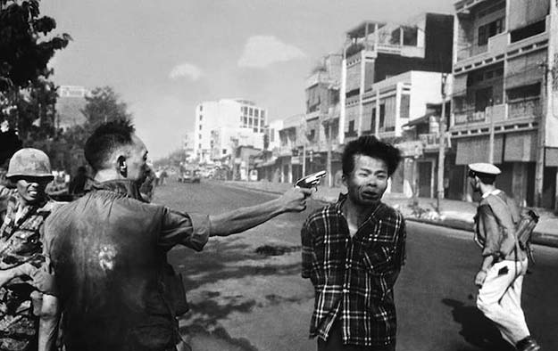 Execution of a Viet Cong guerrilla, 1968