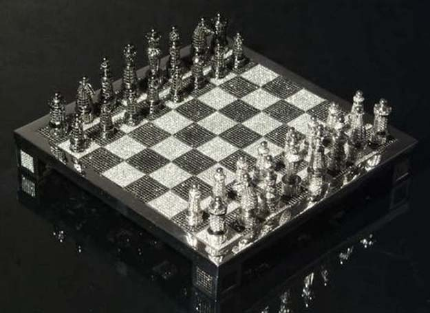 Royale Diamond Chess Set ($9.8 million)