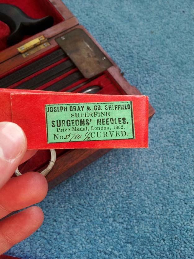 The label on the pack of needles