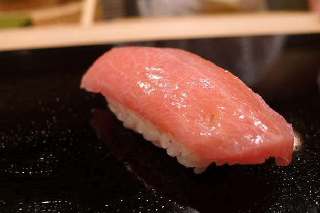Chu-toro ( medium fatty tuna)