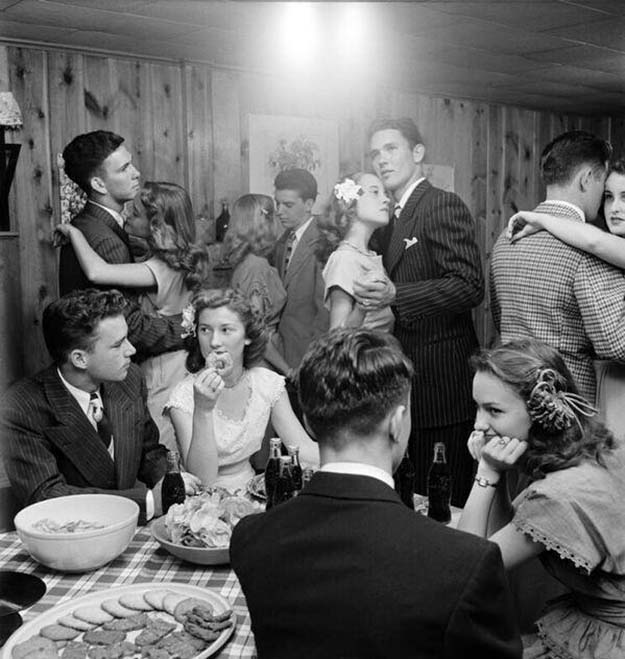 Teenagers at a party in Tulsa, Oklahoma, 1947