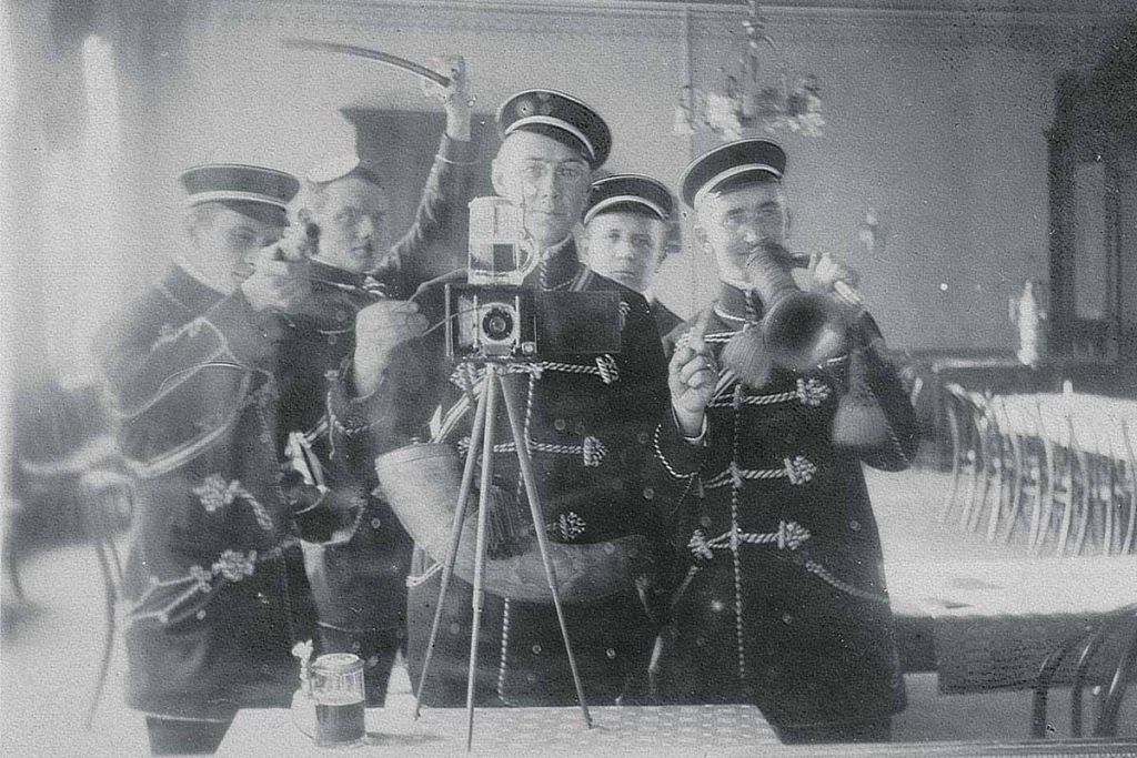 German fraternity mirror selfie, 1912