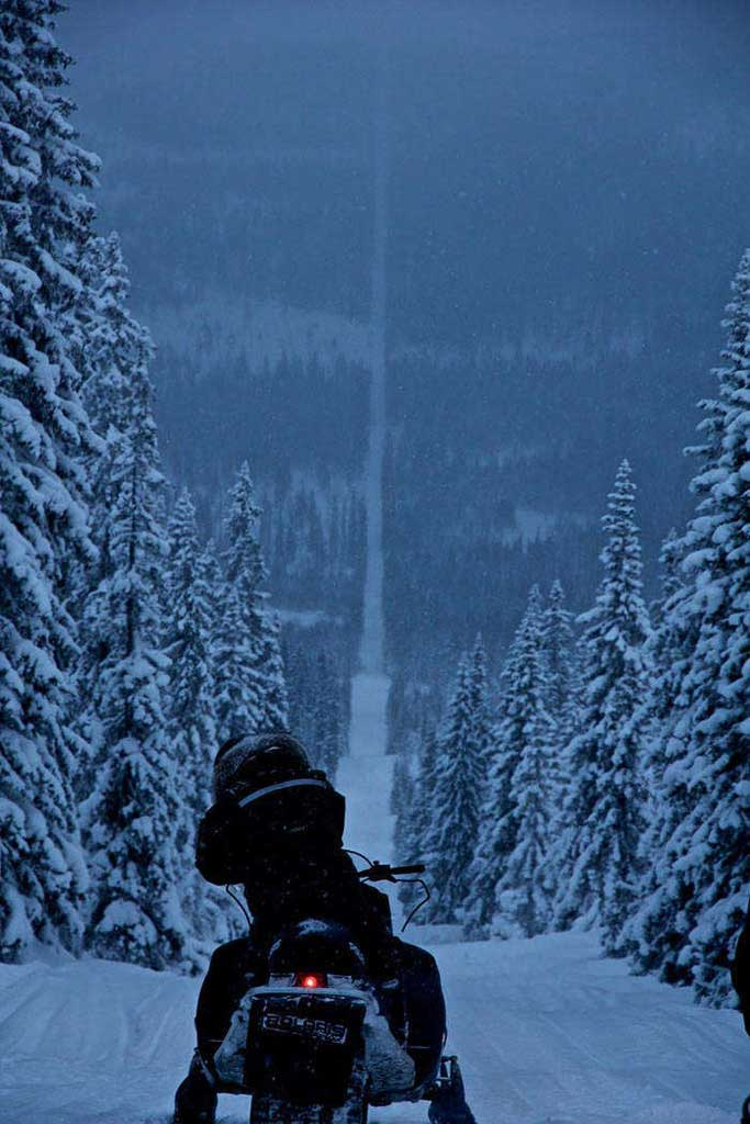 snowmobiling the norway-sweden border